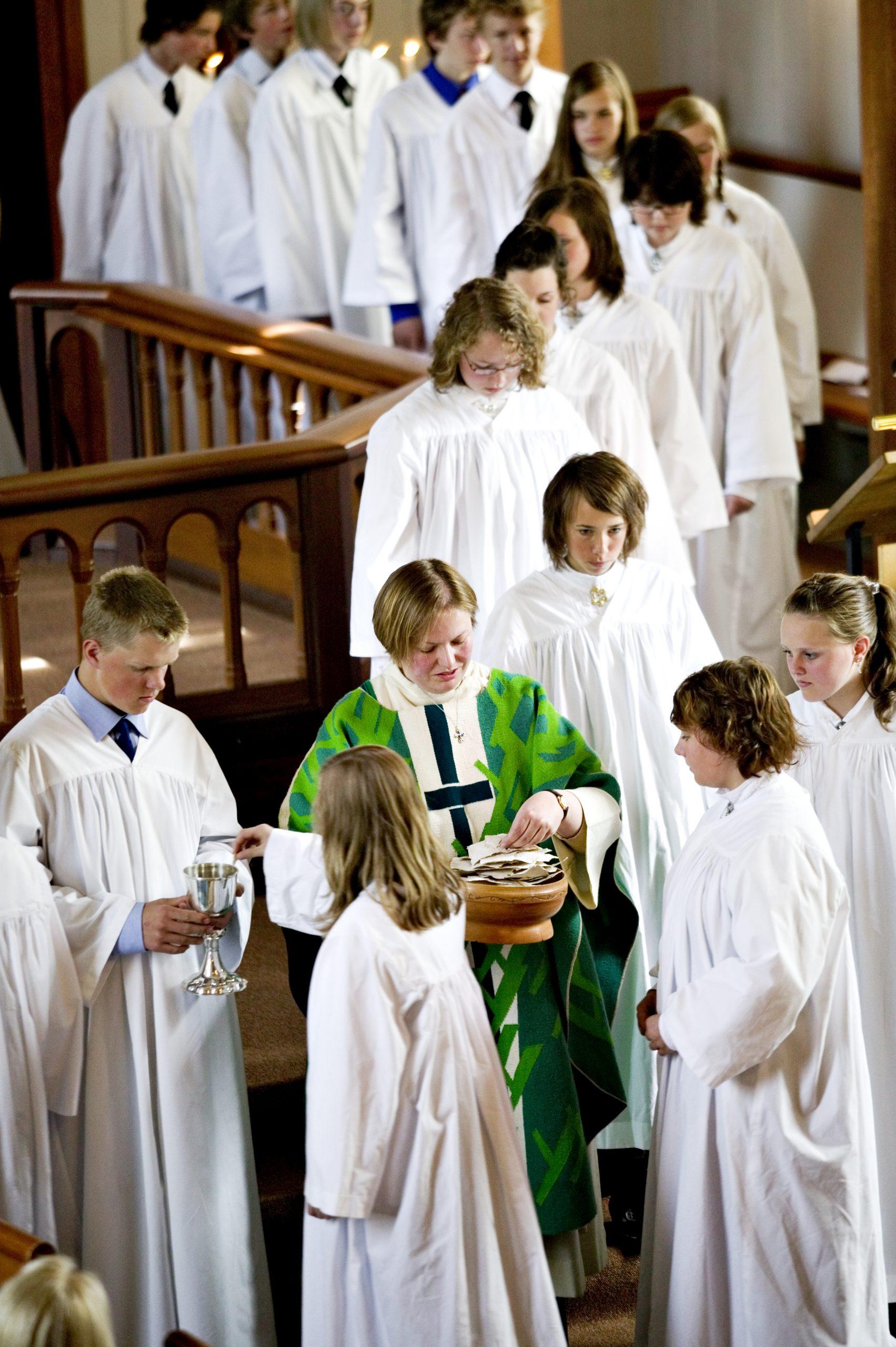 Bilde fra konfirmasjon i Trysil kirke. Foto: NTB